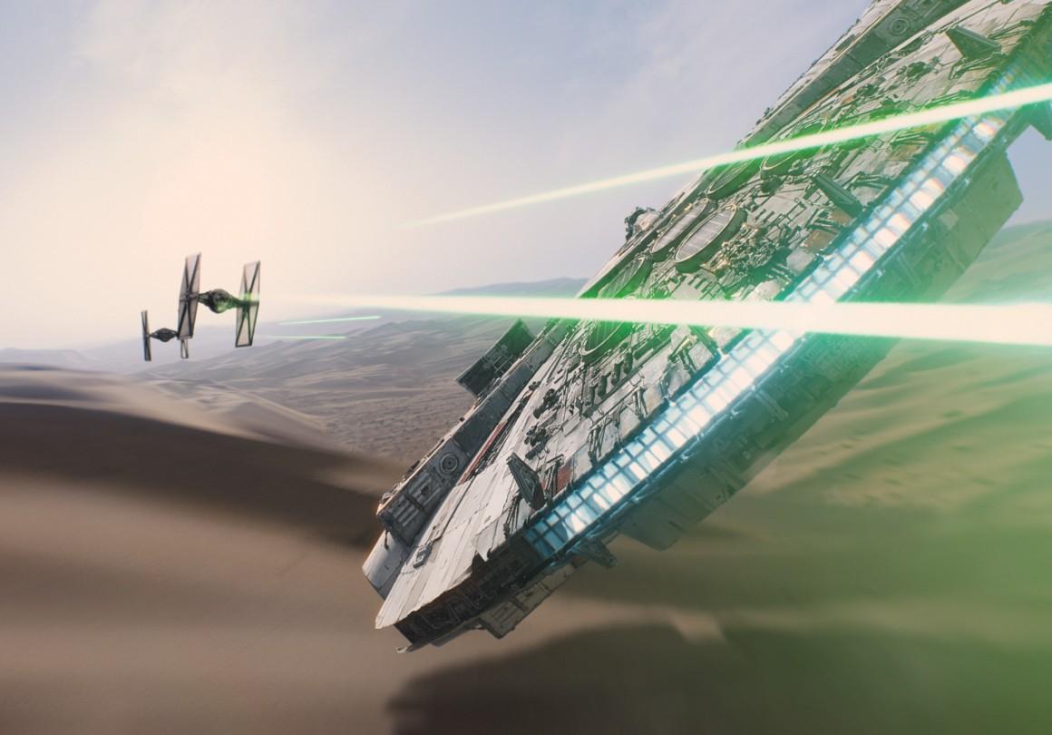 star-wars-the-force-awakens-millennium-falcon-imax-1940x1356