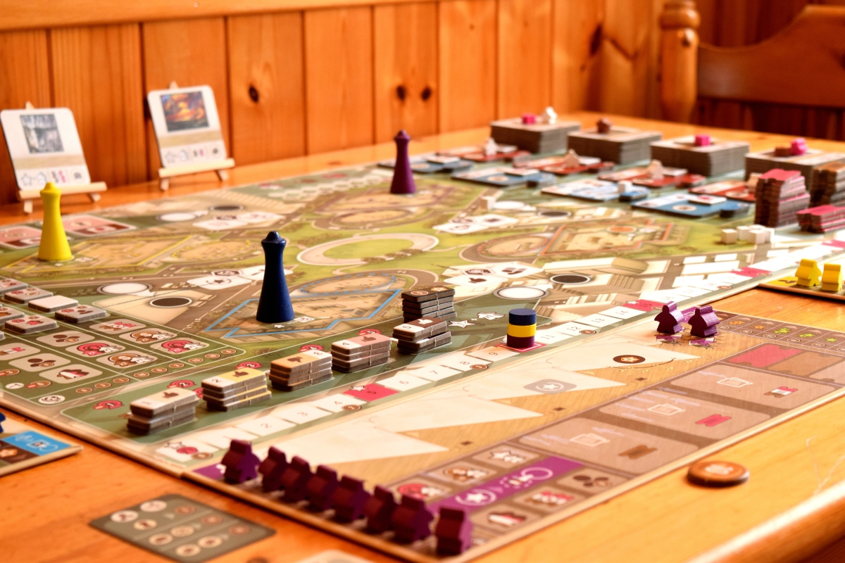 The Gallerist Review – A Masterpiece – Wolf's Gaming Blog image
